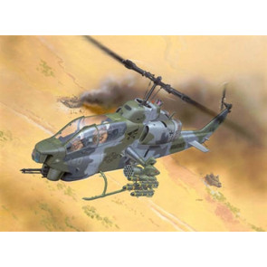 Revell Germany 1/72 AH-1W Super Cobra Model Kit