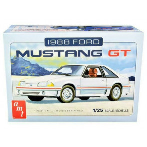 AMT 1/25 1988 Ford Mustang