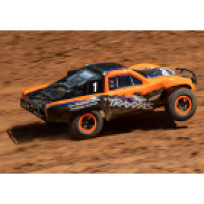 TRAXXAS SLASH RTR W/RADIO ORANGE